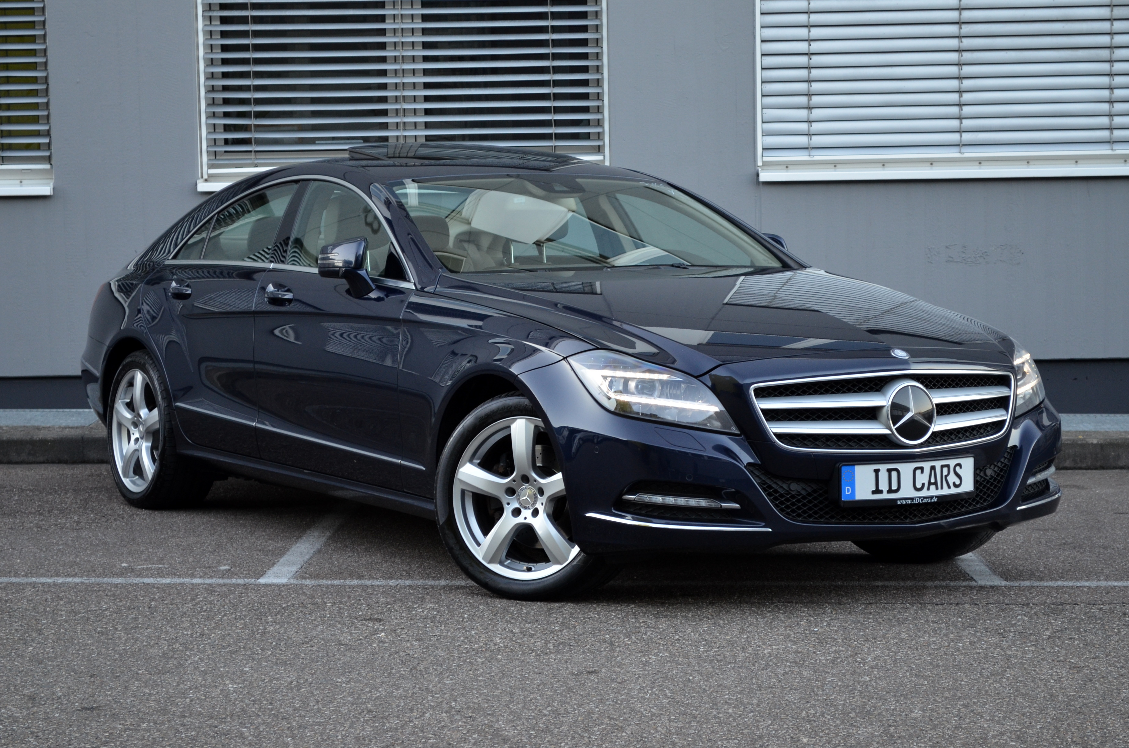2012 mercedes benz cls 350 cdi be 4 matic distronic led. Black Bedroom Furniture Sets. Home Design Ideas